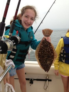 "Chloe with a 20"" Fluke"